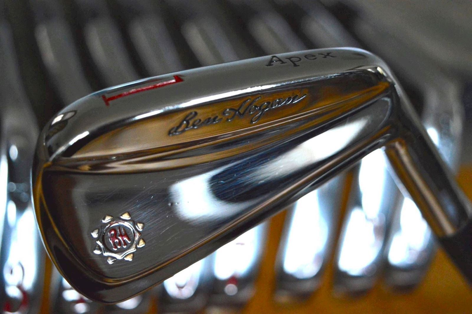 Ben Hogan iron set - The Apex 2003 forged blade set 1/E - refurbished to mint.
