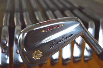 Ben Hogan iron set - The 1972 Apex forged blade - 1/E refurbished to mint